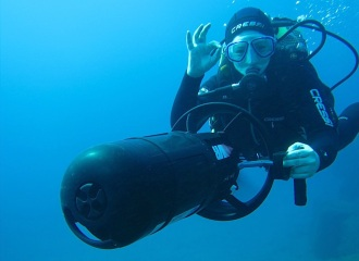 Scooter/ Diver Propulsion Vehicle Diving