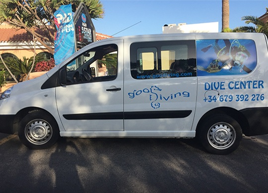 Minivan GooDiving